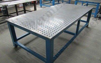 Сварочный стол для слесарных работ и сварки